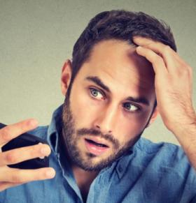 洗热水会导致脱发吗 如何防止脱发 为什么会脱发