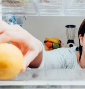 冰箱上面可以放东西吗 多久清理一次冰箱 冰箱怎么清理比较好