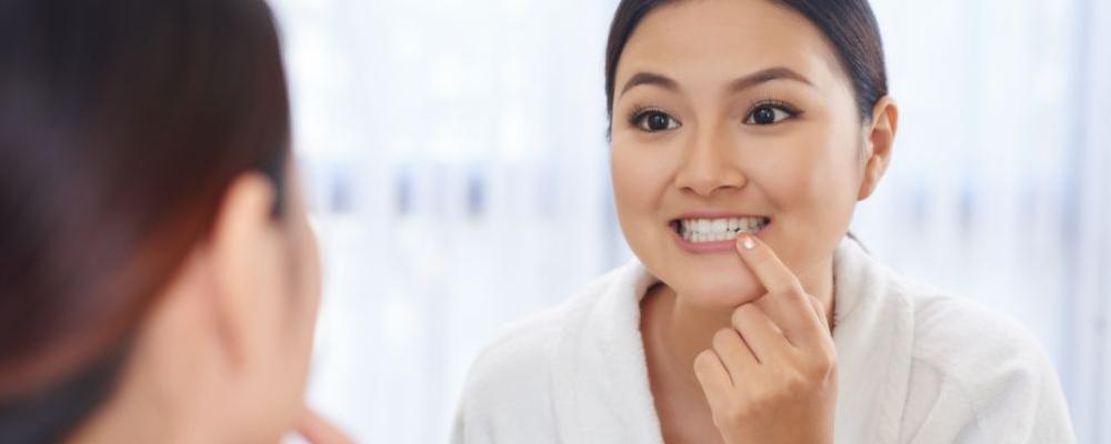 用盐刷牙可以美白吗 牙齿如何美白 牙齿美白方法