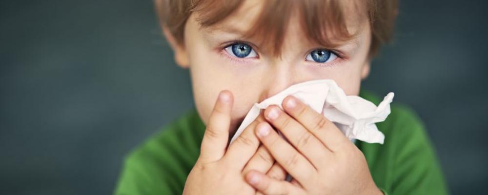 秋天应该如何预防过敏性鼻炎 如何预防过敏性鼻炎 过敏性鼻炎如何治疗