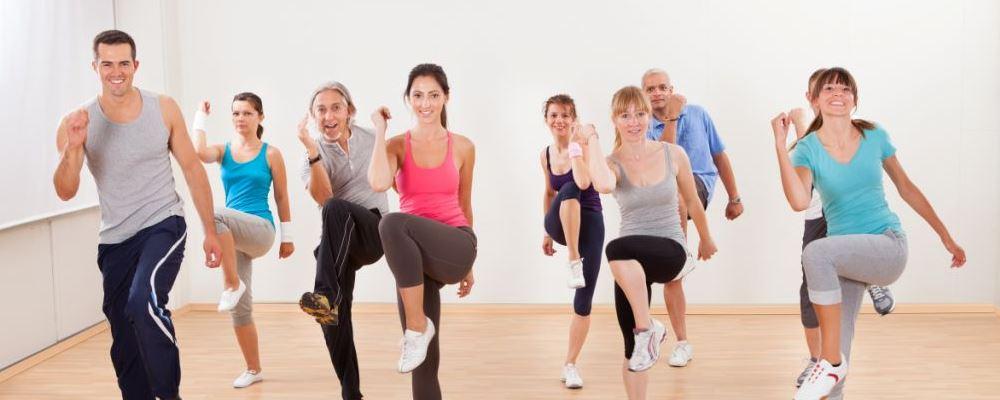 瘦腰瘦肚子运动 做什么运动可以瘦腰 做什么运动可以瘦肚子