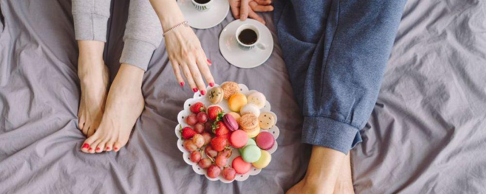 吃甜食有许多问题。女性过度吃甜食是有害的。