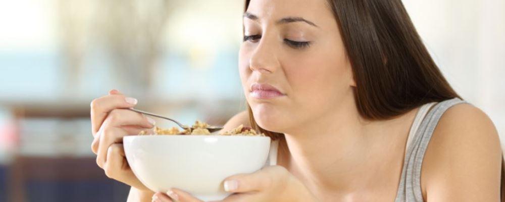 不吃主食减肥会有哪些危害 减肥的方法有哪些 不吃主食能减肥吗