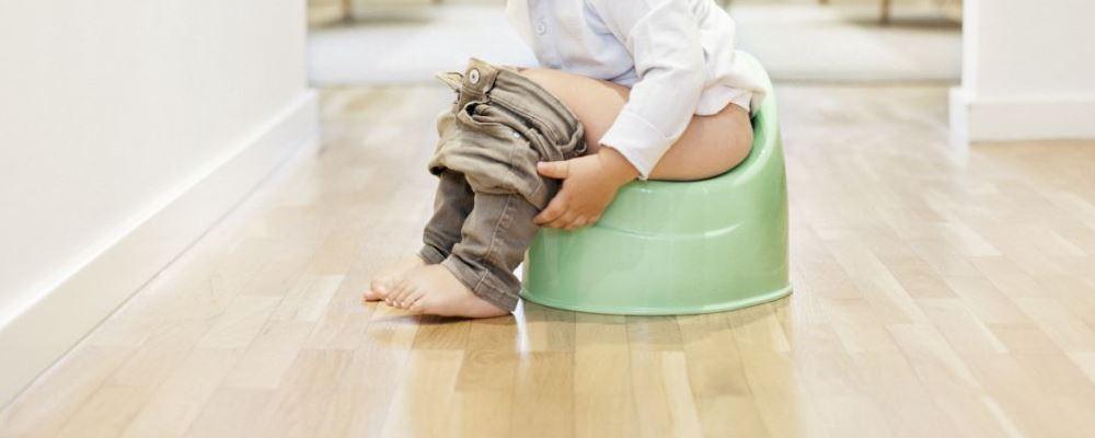 如何判断宝宝是否是便秘 关于宝宝便秘的几个误区 宝宝几天不拉大便就是便秘吗