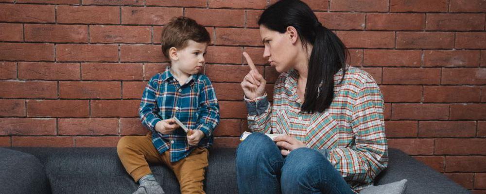 孩子总喜欢犟嘴怎么办 孩子喜欢犟嘴父母该怎么做 孩子喜欢犟嘴家长怎么办
