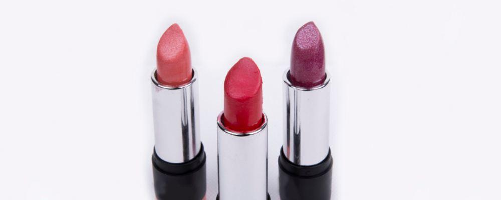备孕期间哪些化妆品要远离 女人备孕不能用哪些化妆品 女人备孕要注意什么