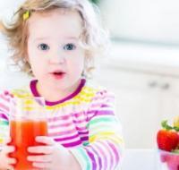 孩子过于依赖妈妈怎么办 做好四点孩子会变得独立