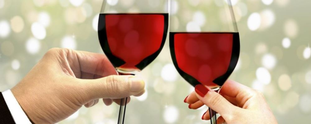 喝红酒养生要怎么做 如何喝红酒养生 过量喝红酒有什么危害
