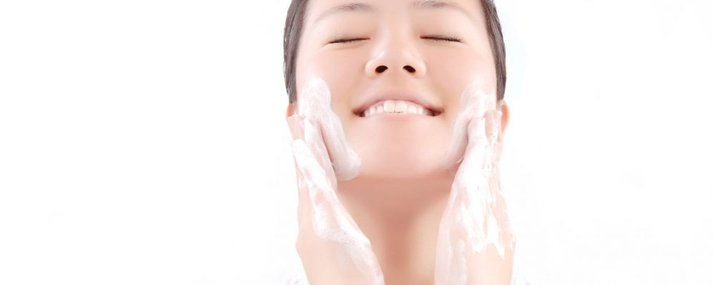 冬天皮肤干燥粗糙如何保湿 冬天如何保湿 保湿方法有哪些