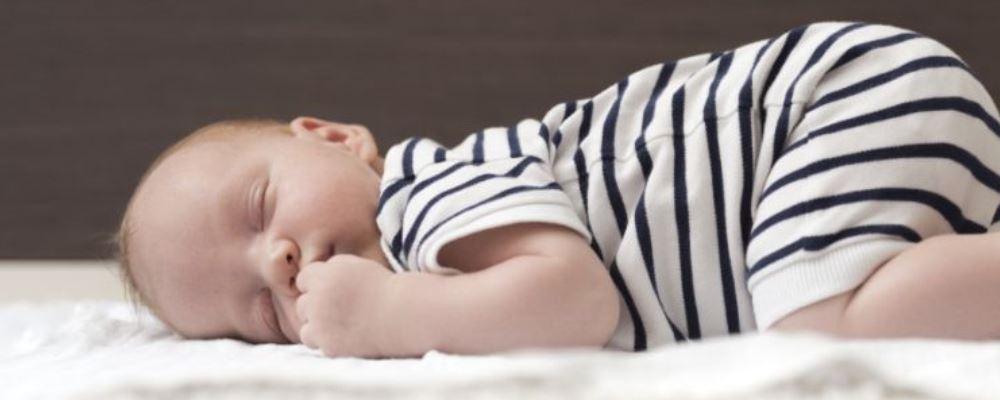 哪种睡姿好 哪种睡姿最健康 哪种睡姿对腰好