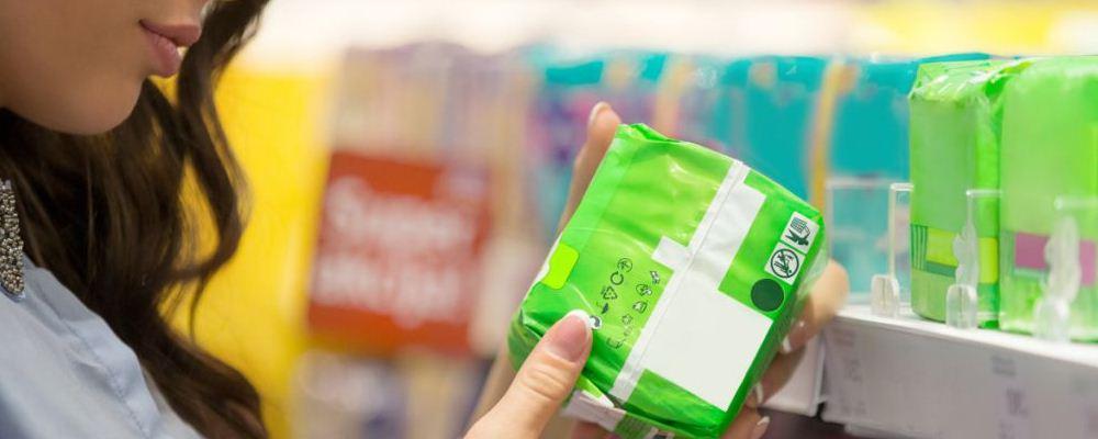 哪些卫生巾会导致妇科病 卫生巾过白有问题吗 药物卫生巾可以购买吗