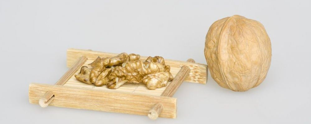 桃仁的功效 桃仁的作用 桃仁的食疗方