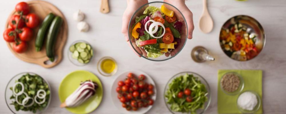 经常吃西红柿能美白吗 美白的方法有哪些 美白的食物有哪些