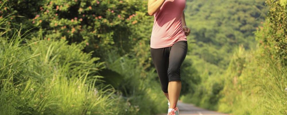 早上晨跑要不要空腹 晨跑空腹有哪些坏处 空腹运动的危害