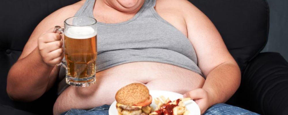 世界上最胖的人减了660斤 肥胖有哪些危害 如何健康减肥