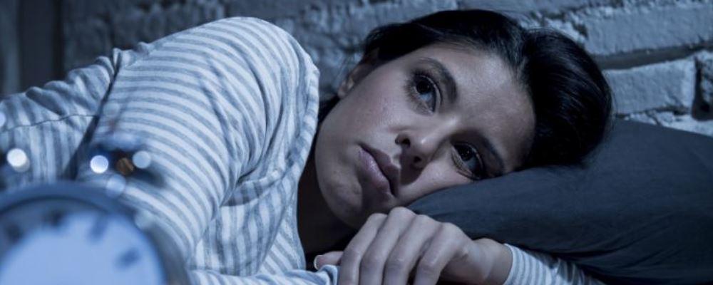 12天带薪失眠假 长期失眠危害有哪些 什么样的情况算失眠