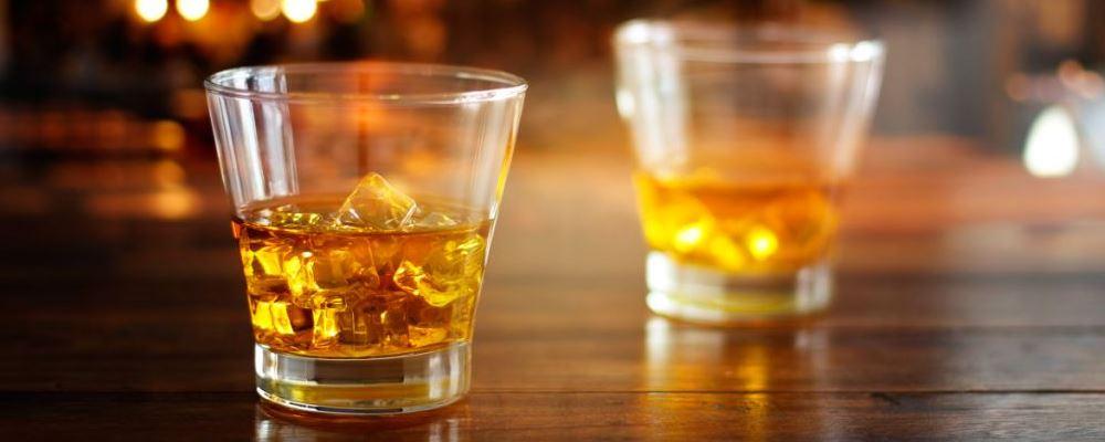 轻度饮酒也增加患癌风险 喝酒带来哪些伤害 喝酒会致癌吗