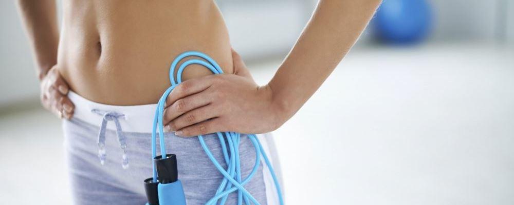 如何通过跳绳来减肥 跳绳跳多少个能减肥 跳绳减肥有哪些注意事项