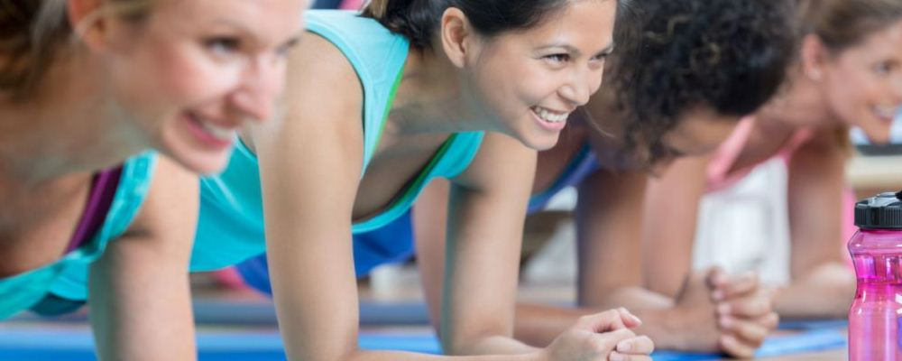 仰卧起坐减肥的危害 仰卧起坐的危害 卷腹减肥方法