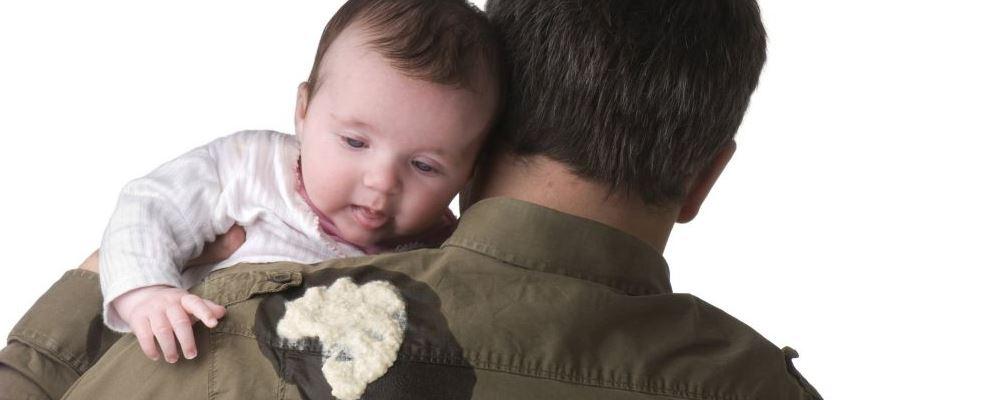什么是新生儿呕吐 新手儿呕吐是什么原因 新生儿呕吐步骤