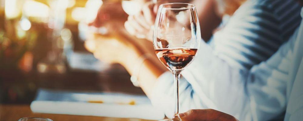 喝酒后头晕恶心怎么办 喝酒后头晕恶心怎么缓解 喝酒后头晕恶心的缓解方法