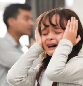 宝宝没有安全感的表现是什么 宝宝没有安全感的症状 宝宝没有安全感怎么办