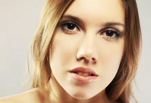声带小结有什么症状 咽部可出现7种不适