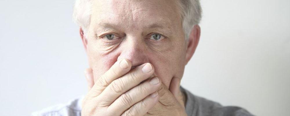身上发臭是怎么回事 人的体味怎么产生的 嘴巴臭是怎么回事