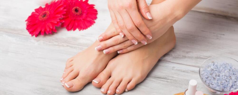 冬季怎么保暖双脚 冬季手脚冰凉怎么办 冬季泡脚的好处
