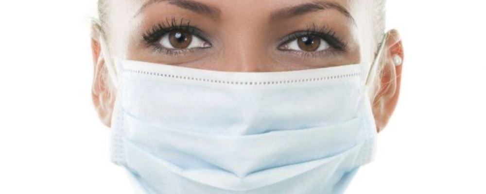 戴口罩脸上痘痘加重怎么办 戴口罩的坏处 口罩不要重复用的情况