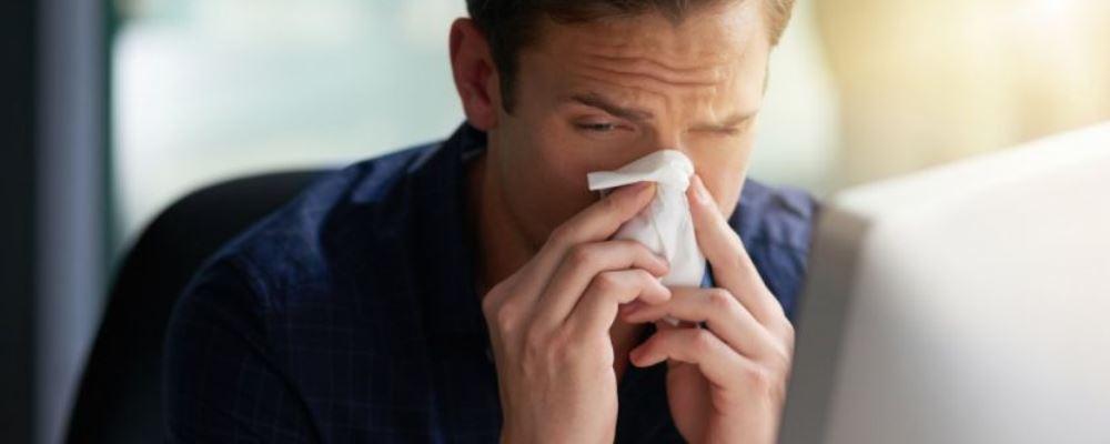 如何区分感冒流感和新型冠状病毒感染肺炎 新冠肺炎与感冒的区别 新冠肺炎与流感的区别