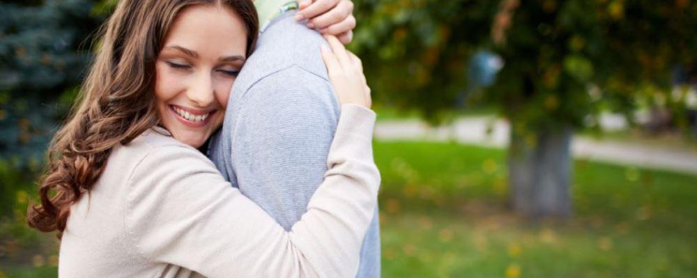生育期女人如何保养卵巢 卵巢保养的方法有哪些 女人适龄生育有哪些好处