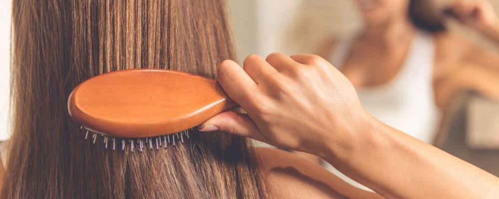 女性冬天脱发严重怎么办 冬天为什么会脱发 冬天脱发的原因有哪些