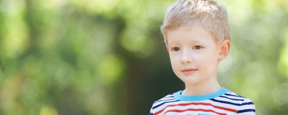 疫情期间带娃出门要注意什么 小区有人感染宝妈该怎么做 如何预防新型冠状病毒的感染