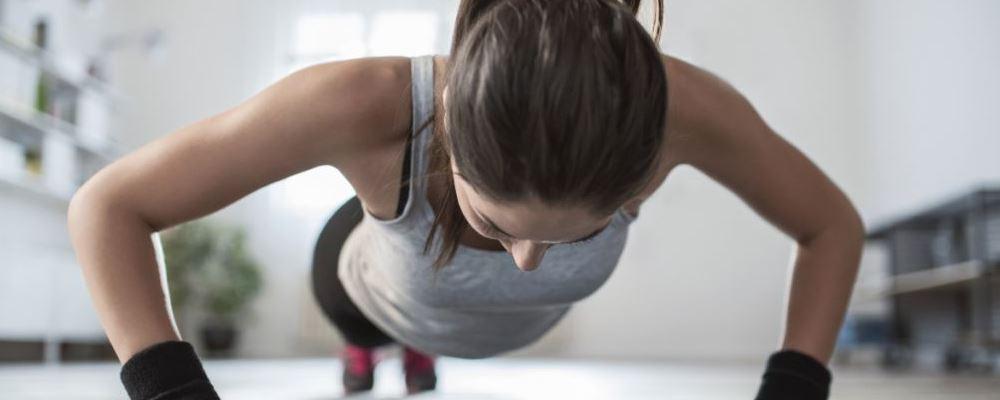 瘦腰运动有哪些 可以瘦腰的动作 哪些简单的动作可以瘦腰