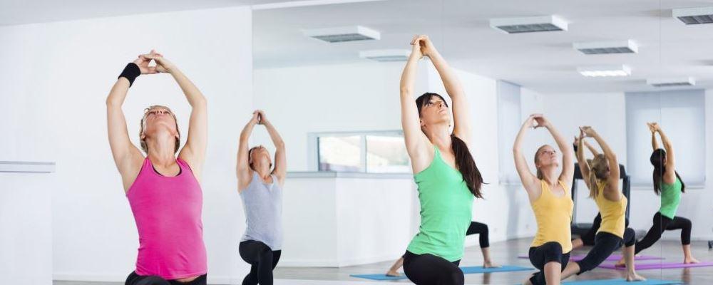 宅家健康运动计划 适合室内的运动 宅在家里适合做什么运动
