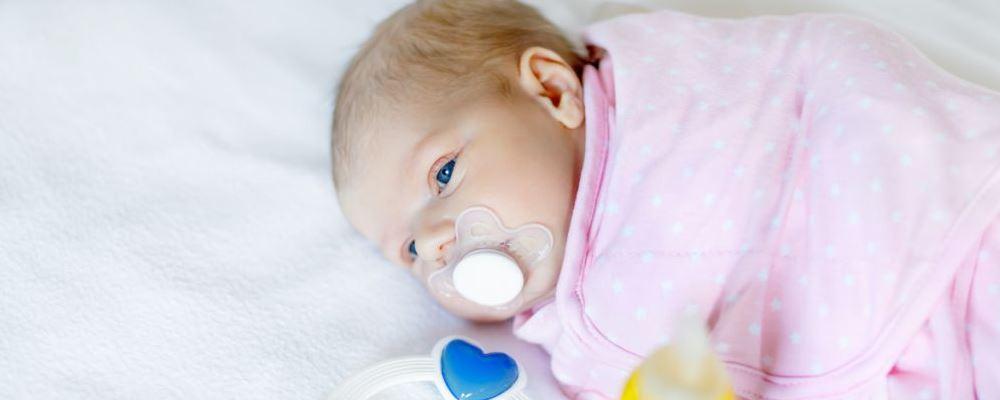 春季新生儿该如何护理 如何提高免疫力 春季新生儿护理方法