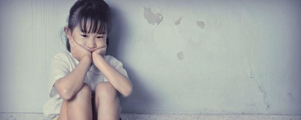 怎样帮孩子发泄坏情绪 帮助孩子发泄坏情绪的方法 如何发泄坏情绪