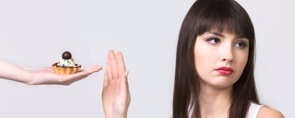 女性产后脱发怎么办 女性产后脱发的解决方法 女性产后脱发如何治疗