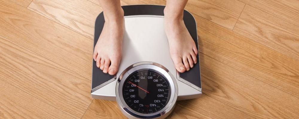肚子瘦不下去该怎么办 吃的不多为什么还会长胖 瘦肚子吃什么比较好