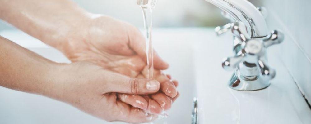 确诊夫妻没去疫区在公厕被传染 使用公共厕所如何避免传染 新冠肺炎公厕如何预防