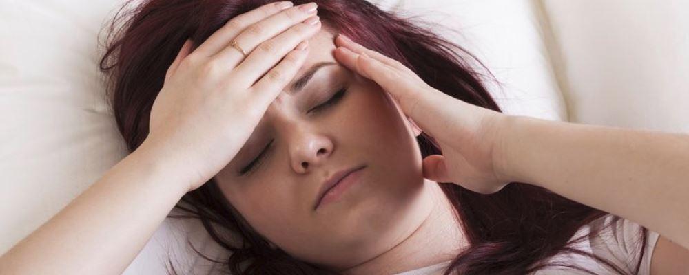 女性失眠怎么办 哪些行为会加重失眠 女性失眠的解决方法