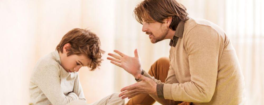 孩子老是顶嘴怎么办 孩子老是顶嘴父母的正确做法 孩子老师顶嘴的正确做法