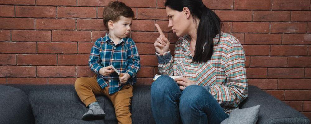 孩子爱顶嘴应该怎么办 孩子爱顶嘴的原因 孩子爱顶嘴咋办