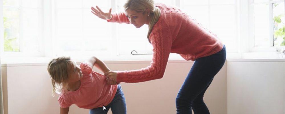 什么办法可以改善孩子的坏脾气 孩子坏脾气形成的原因是什么 如何纠正孩子的坏脾气