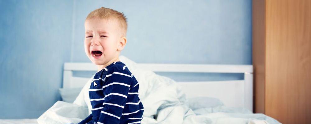 孩子为什么总爱发脾气 孩子发脾气怎么办 解决孩子的坏脾气应该注意什么问题