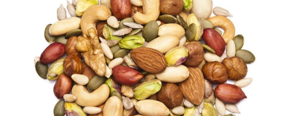 吃坚果可以帮助减肥吗 减肥的时候可以吃坚果吗 可以帮助减肥的坚果有哪些