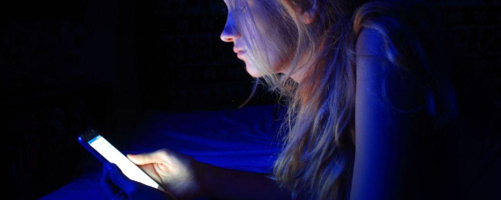 虚拟社交能缓解社交恐惧吗 克服社交恐惧的方法 如何克服社交恐惧症