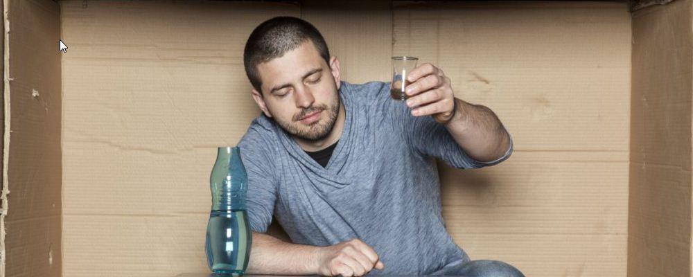 男人啤酒肚明显要怎么减 男人减肥需要注意什么 减肥的时候可以喝酒吗
