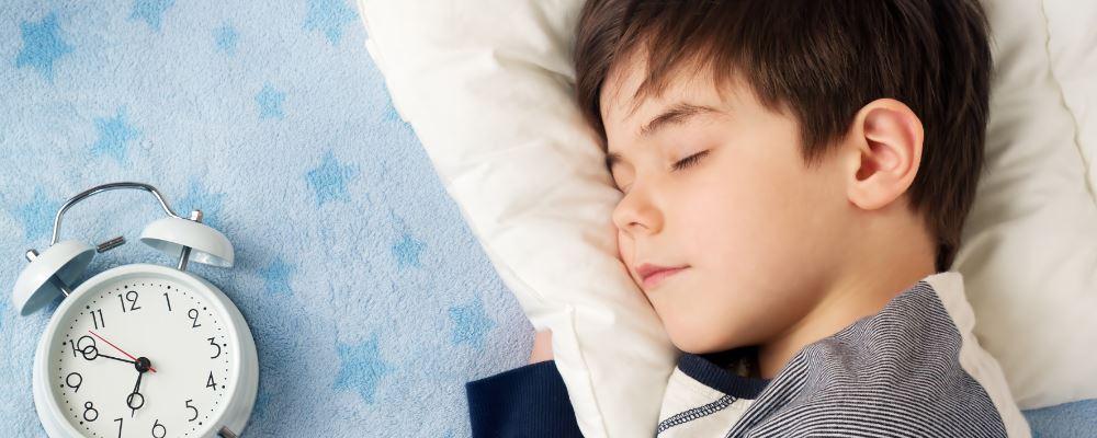 秋季如何养生 秋季睡眠注意事项 秋季怎么睡不失眠